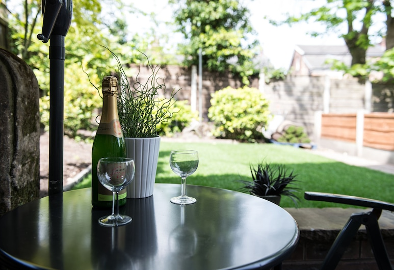 Ivy Mount Boutique, Manchester, Departamento de lujo, 1 habitación, terraza, vista al jardín, Terraza o patio