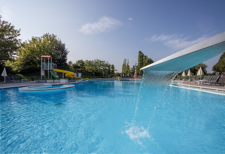 Parc Hotel, Castelnuovo del Garda, בריכה