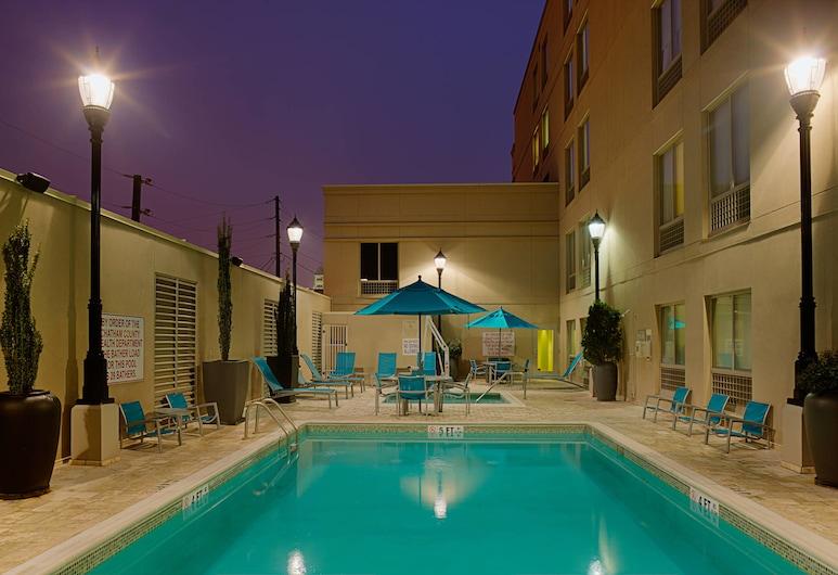 SpringHill Suites Savannah Downtown / Historic District, Savannah, Piscine en plein air