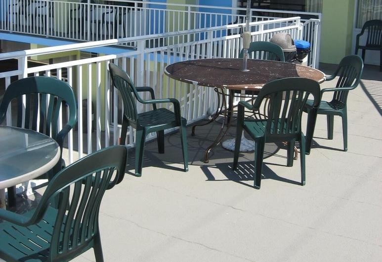 Tropicana Motel, Wildwood, Balkón