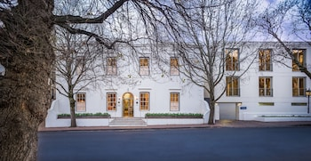 Picture of Oude Werf Hotel in Cape Town