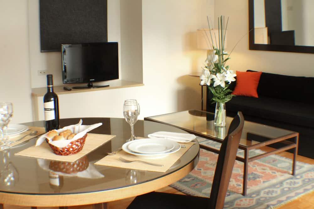 Premium-Apartment (Double Occupancy) - Wohnbereich