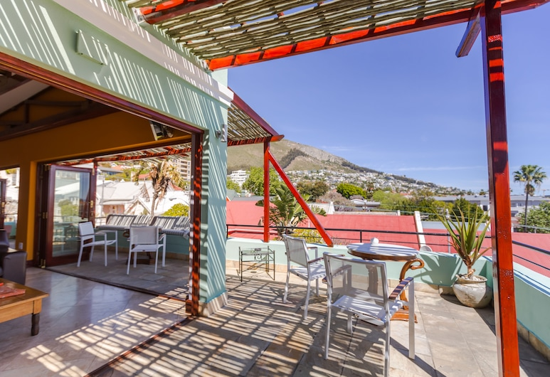 Sweet Ocean View Guesthouse, Cape Town