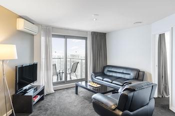 Picture of Waldorf Stadium Apartments Hotel in Auckland