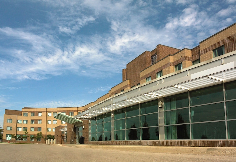 レジデンス & カンファレンス センター ハミルトン, ハミルトン
