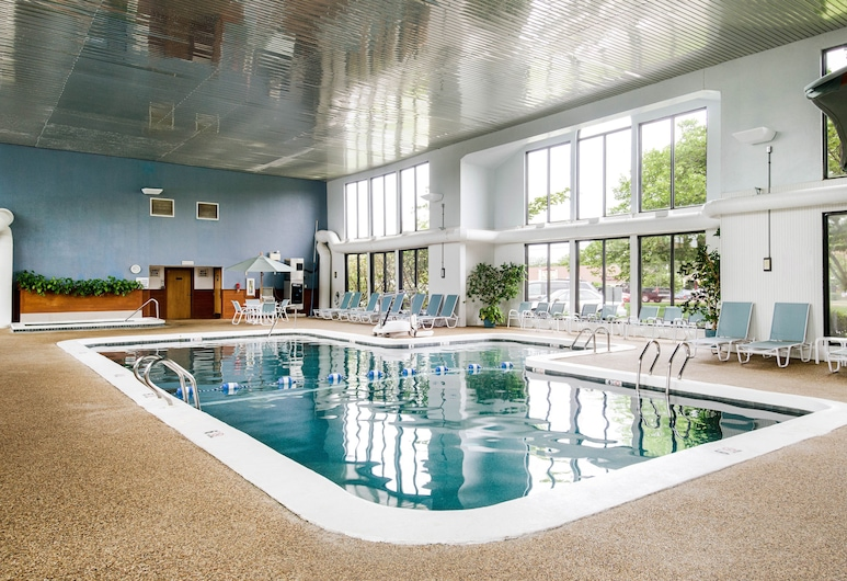 All Seasons Resort, South Yarmouth, Indoor Pool