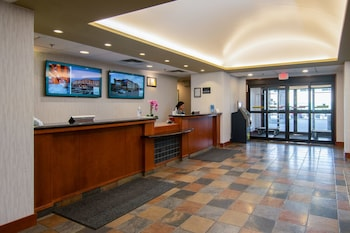 Picture of Service Plus Inns & Suites Calgary in Calgary