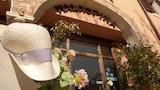 Castelnuovo del Garda hotels,Castelnuovo del Garda accommodatie, online Castelnuovo del Garda hotel-reserveringen