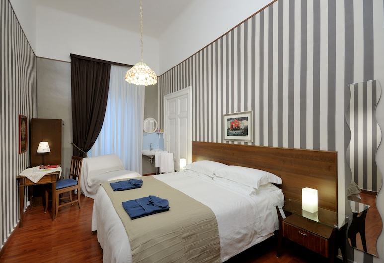 Hotel Boccaccio, Rom, Double Room, Shared Bathroom, Bilik Tamu
