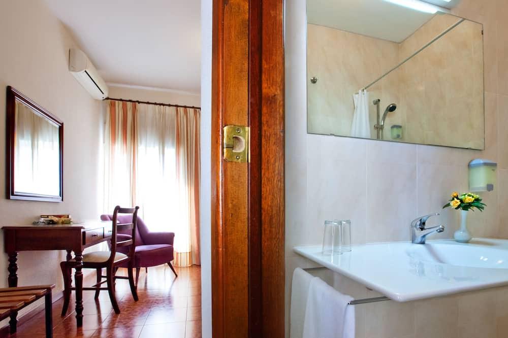 Eenpersoonskamer - Badkamer