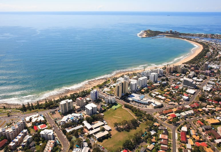 Seaview Resort, Mooloolaba, Beach