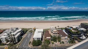 Picture of Norfolk Luxury Beachfront Apartments in Main Beach