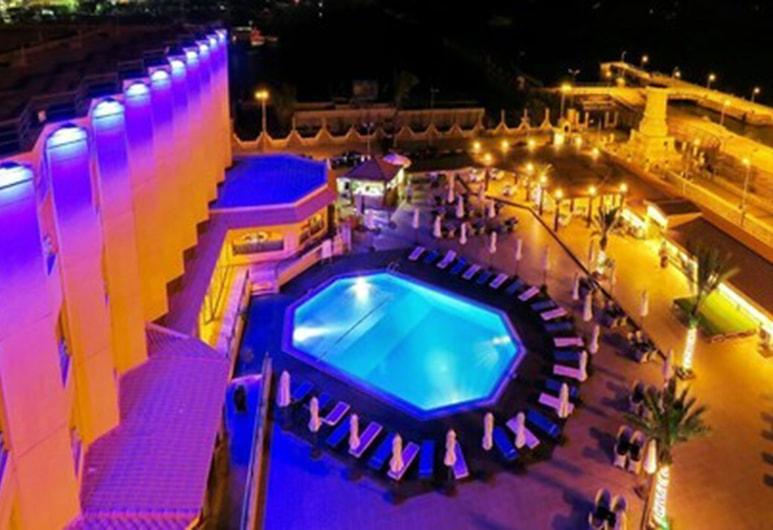 Resta Port Said, Πορτ Σάιντ, Πισίνα