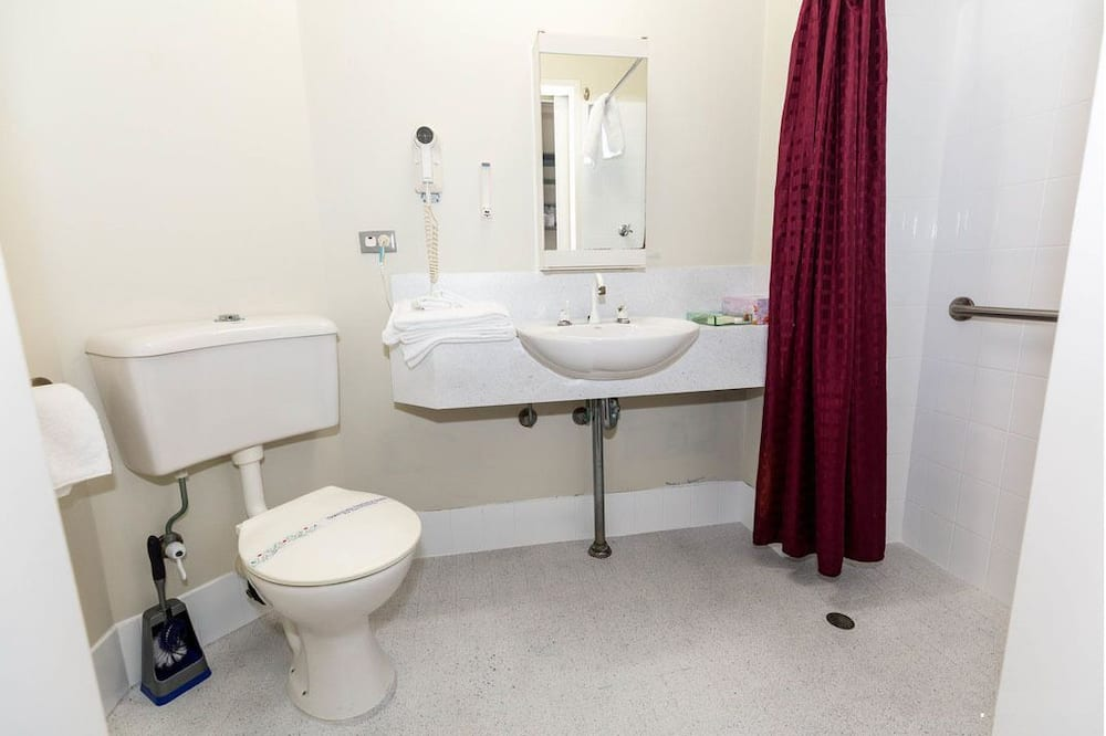 標準客房, 陽台 - 浴室