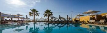 Фото Hotel Acharavi Beach у місті Корфу