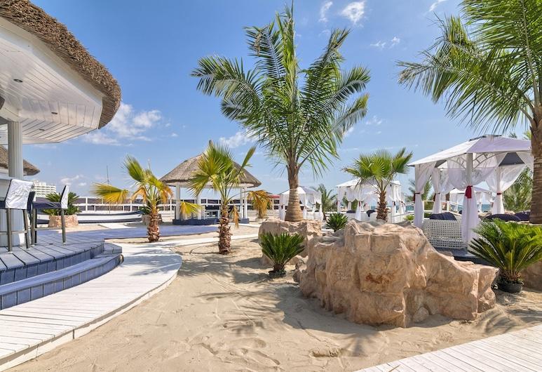 Vega Hotel, Constanta, Beach