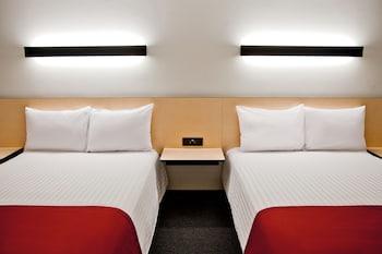 在蒂华纳的提华纳里约城市快捷酒店照片
