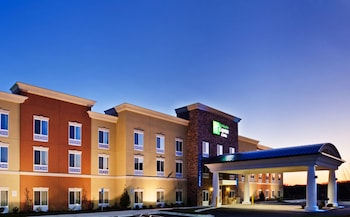 Picture of Holiday Inn Express & Suites Charlotte Southeast - Matthews in Matthews