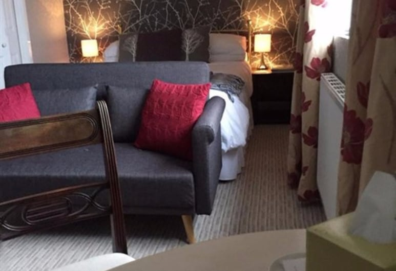 The Farm House Guest House, Belford, Double Room, Ensuite (First Floor), Guest Room