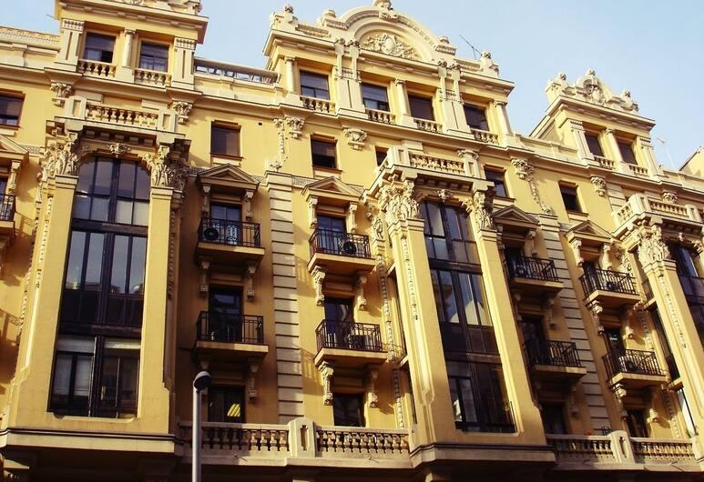 Hostal Avenida, Madryt, Fasada hotelu