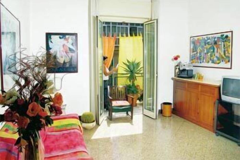 Dvoulůžkový pokoj - Obývací pokoj