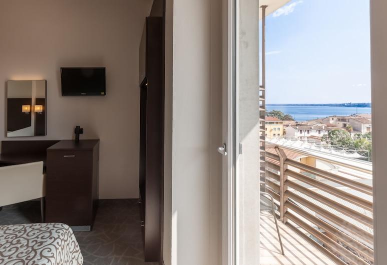 Hotel Bonotto, Dezencāno del Garda, Divvietīgs numurs, skats uz ezeru, Viesu numura skats