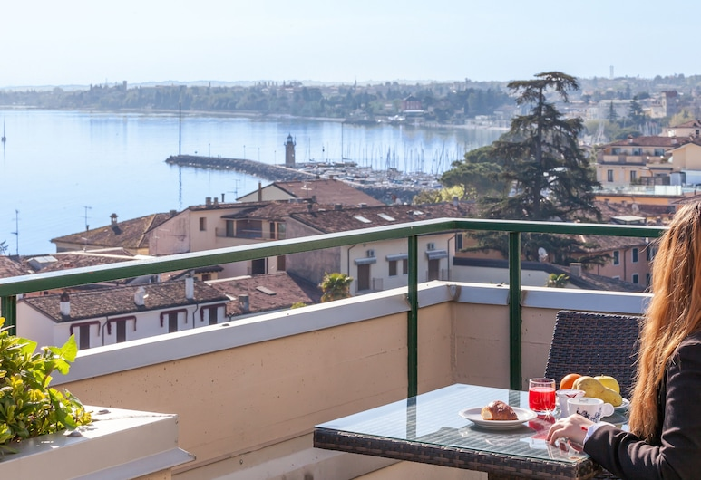 Hotel Bonotto, Desenzano del Garda, Terraza o patio