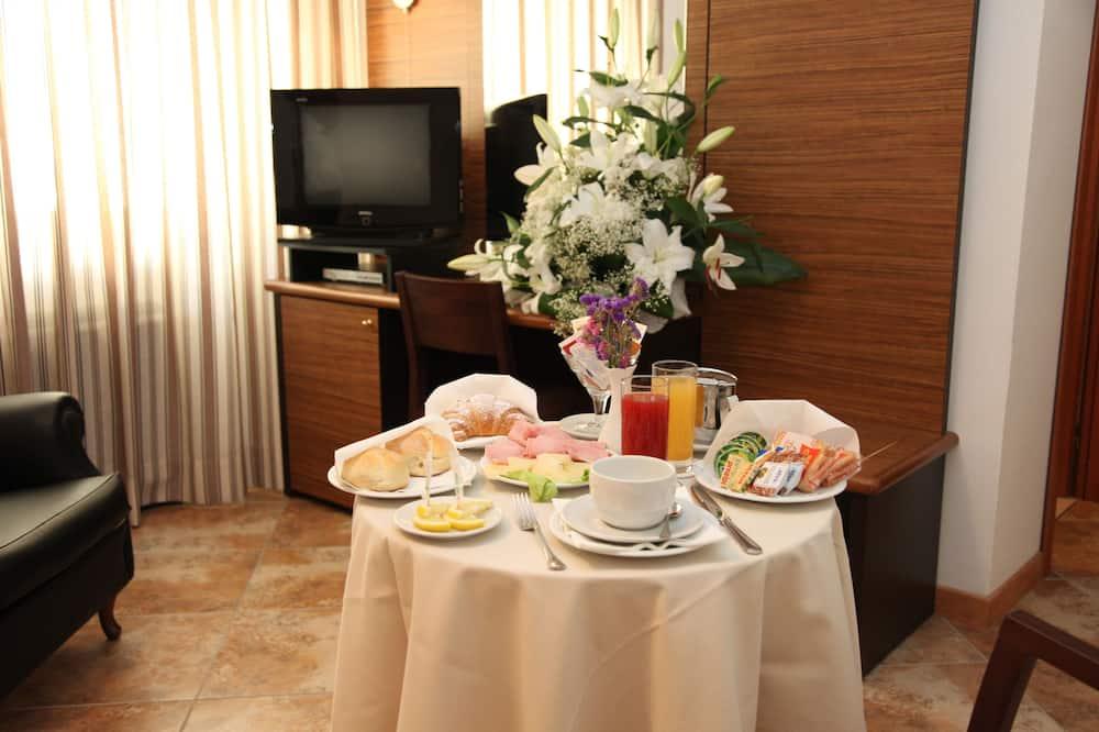 Habitación individual, para no fumadores, refrigerador - Servicio de comidas en la habitación