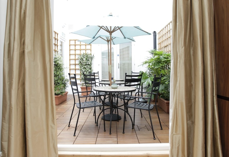 Presidential Apartments - Kensington, London, Executive Studio, Courtyard Area, Terrace/Patio