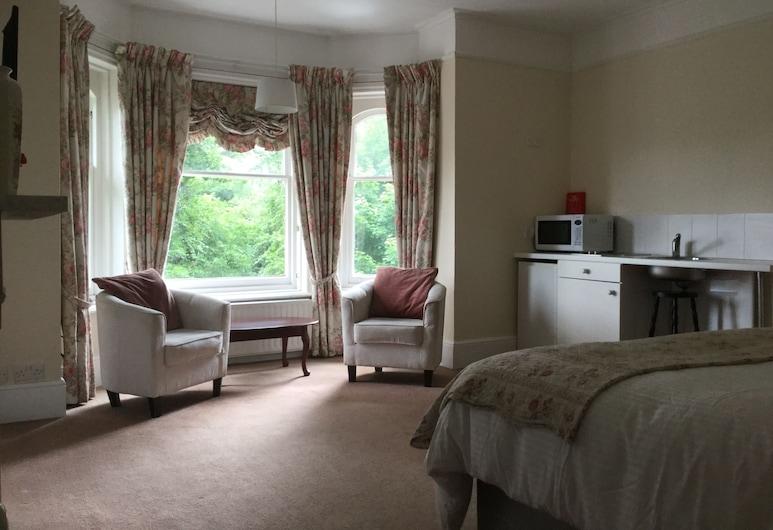 Scotland Lodge, Solsberis, Pagerinto tipo numeris, iš miegamojo pasiekiamas vonios kambarys, vaizdas į sodą, Svečių kambarys