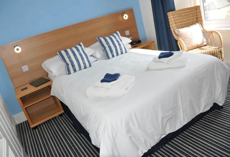 Squires Guest House Ltd, Plymouth, Double Room, Ensuite, Guest Room