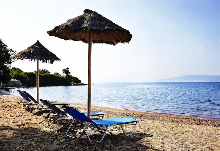Miramare Hotel Eretria, Eretria, Beach