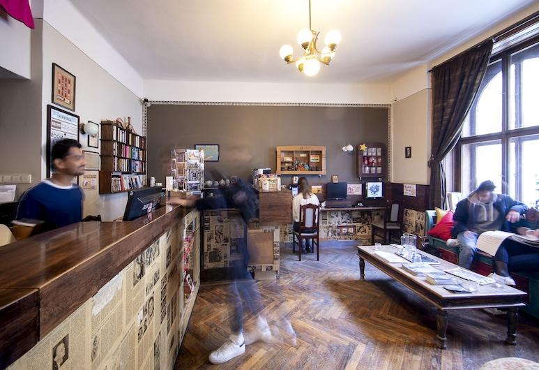 Sir Toby's Hostel, Praga, Recepcja