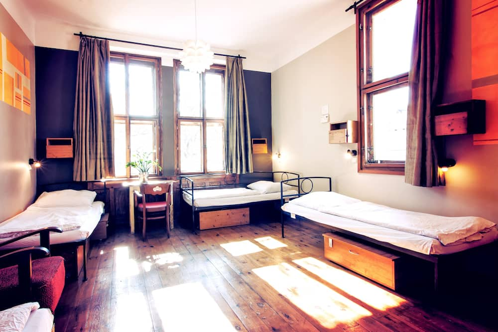 Bed in 6-Bed Mixed Dormitory - Chambre