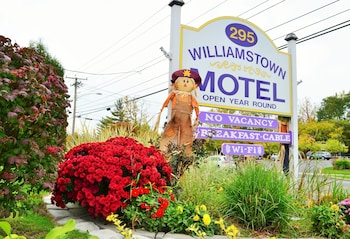 Picture of Williamstown Motel in Williamstown