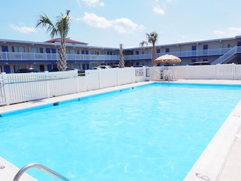 Picture of Seashire Inn & Suites in Virginia Beach