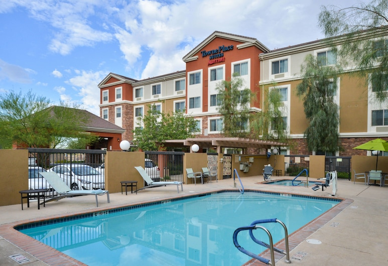 TownePlace Suites by Marriott Las Vegas Henderson, Хендерсон, Открытый бассейн