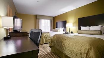 Picture of Best Western Plus Brunswick Inn & Suites in Brunswick