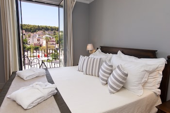 Picture of Aenos Hotel in Kefalonia