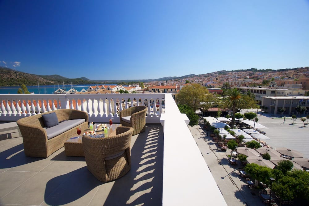 Panoramic Suite, Jetted Tub, Sea View - Balcony