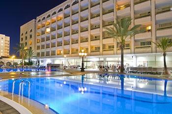 Introduce las fechas para ver los descuentos de hoteles en Arona