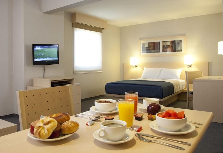 City Suites Toluca, טולוקה, סוויטה, חדר אורחים