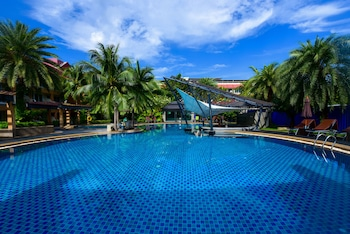 Picture of R Mar Resort and Spa in Patong