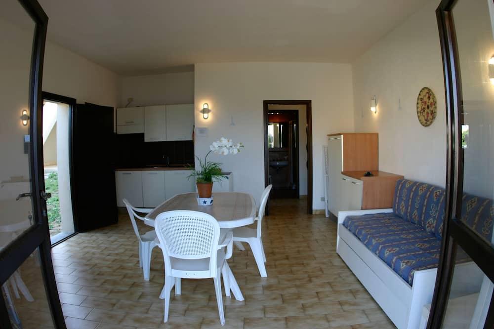 Апартаменты, 2 спальни, патио, вид на море - Зона гостиной