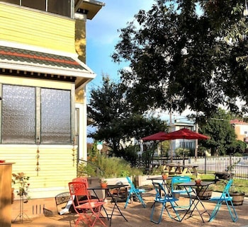 Picture of Three Danes Inn in Fort Worth