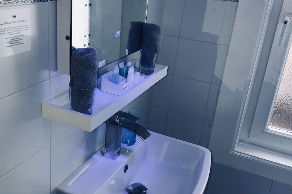 Habitación doble estándar - Lavabo en el baño