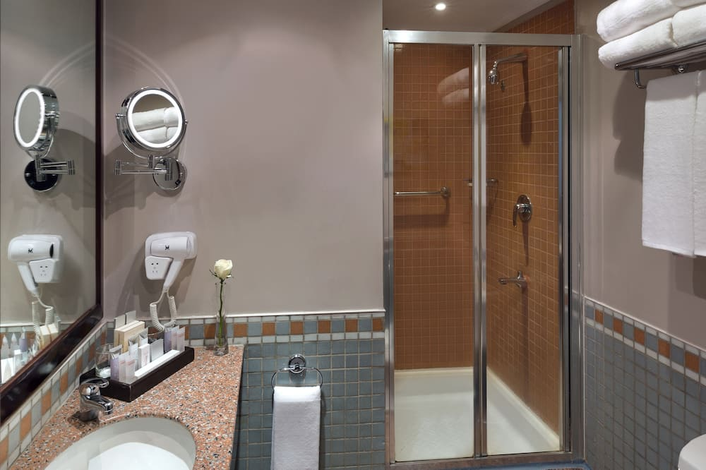 Classic Twin Room, 2 Single Beds - Bathroom
