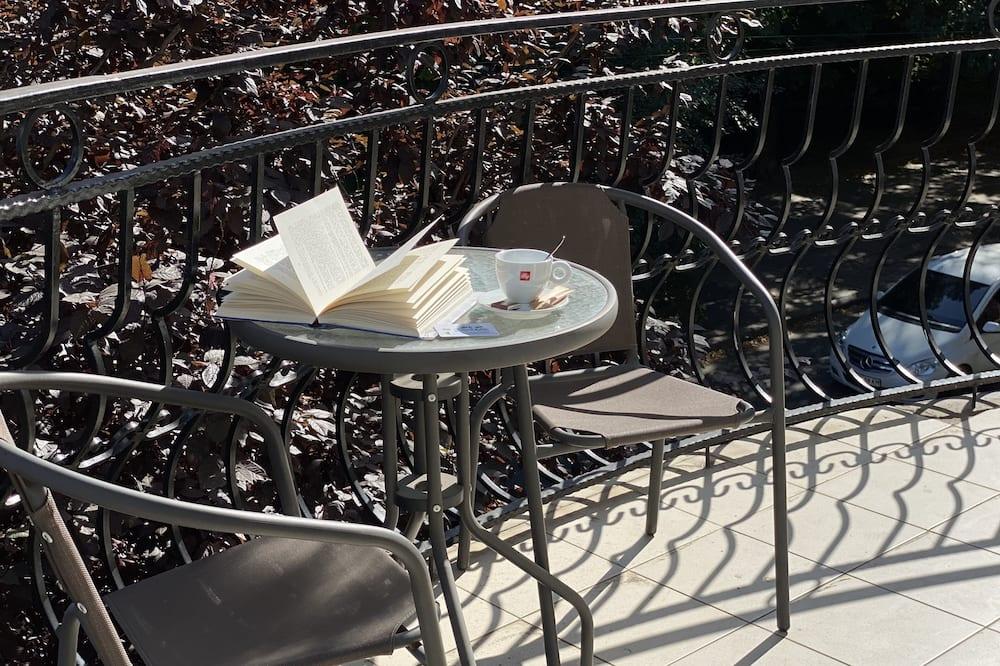 Luxury Studio Suite - Balcony