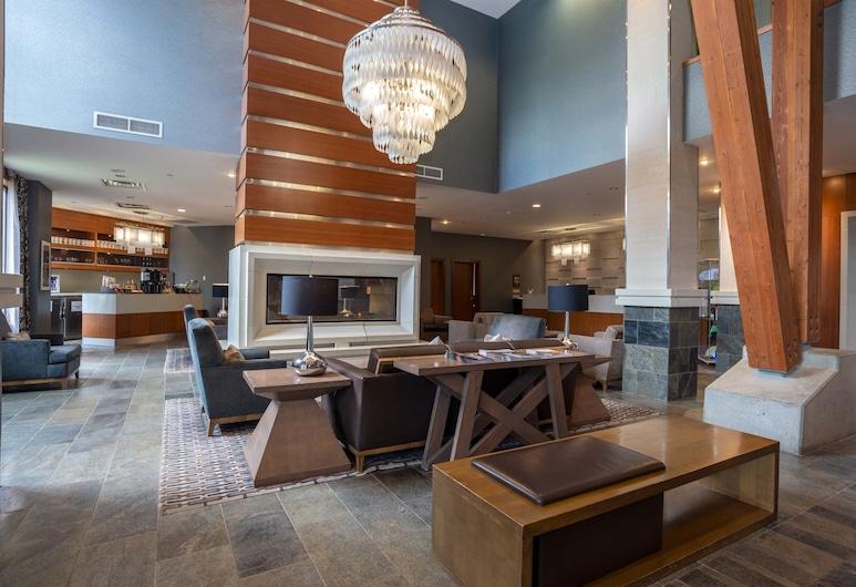 The Sutton Place Hotel Revelstoke Mountain Resort, Revelstoke, Lobby Lounge