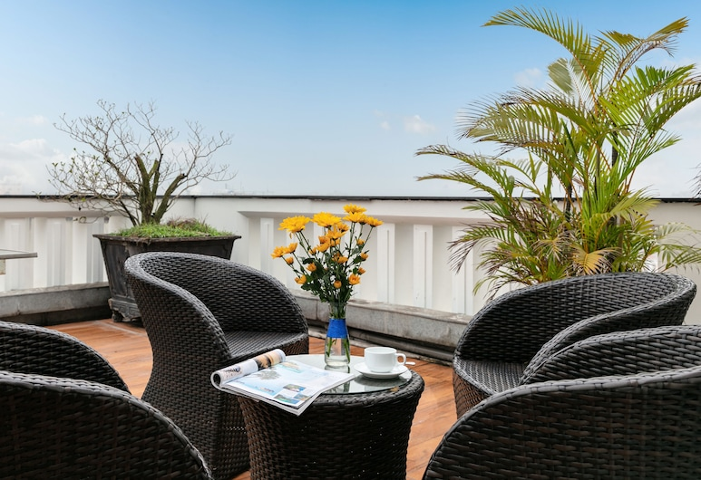 Grand Minerva Hotel, Hanoi, Junior Suite, Terrace/Patio